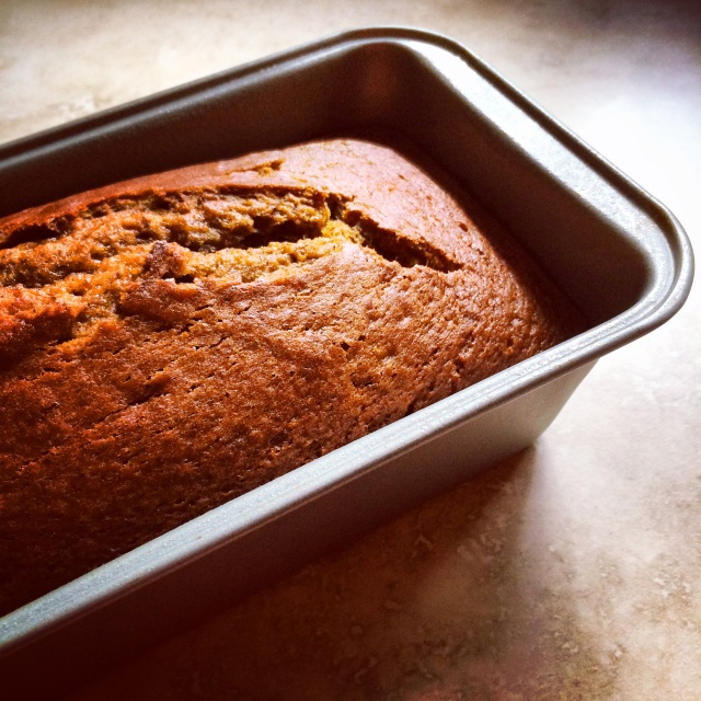 mrs. watson's perfect pumpkin bread | via she likes to eat